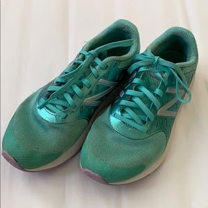 Girls New Balance FuelCore Urge Sneakers